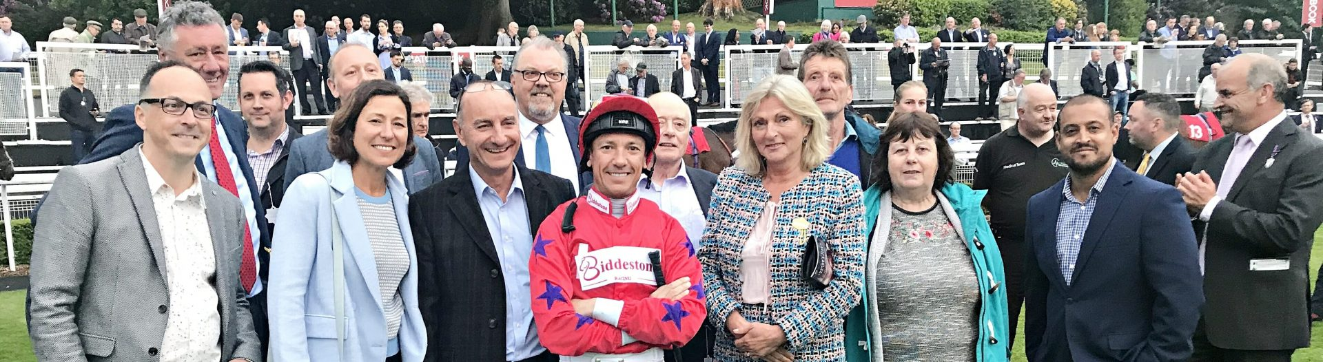 Frankie Dettori, Jockey for Biddestone Racing with Owners at Sandown Racecourse | Biddestone Racing